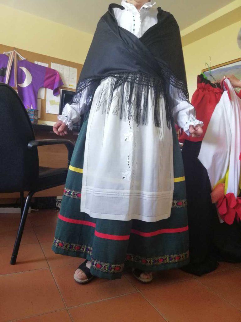 trajes cabezudos en Villavieja del Lozoya
